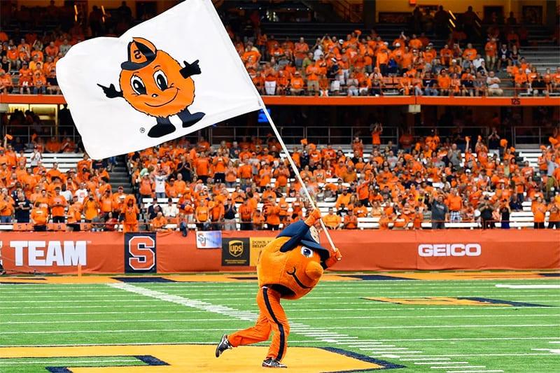 Syracuse-Orange-vs.-Notre-Dame-Fighting-Irish