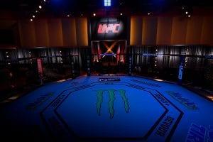 Blaydes vs Lewis Main Card Betting Predictions & Top Odds   UFC